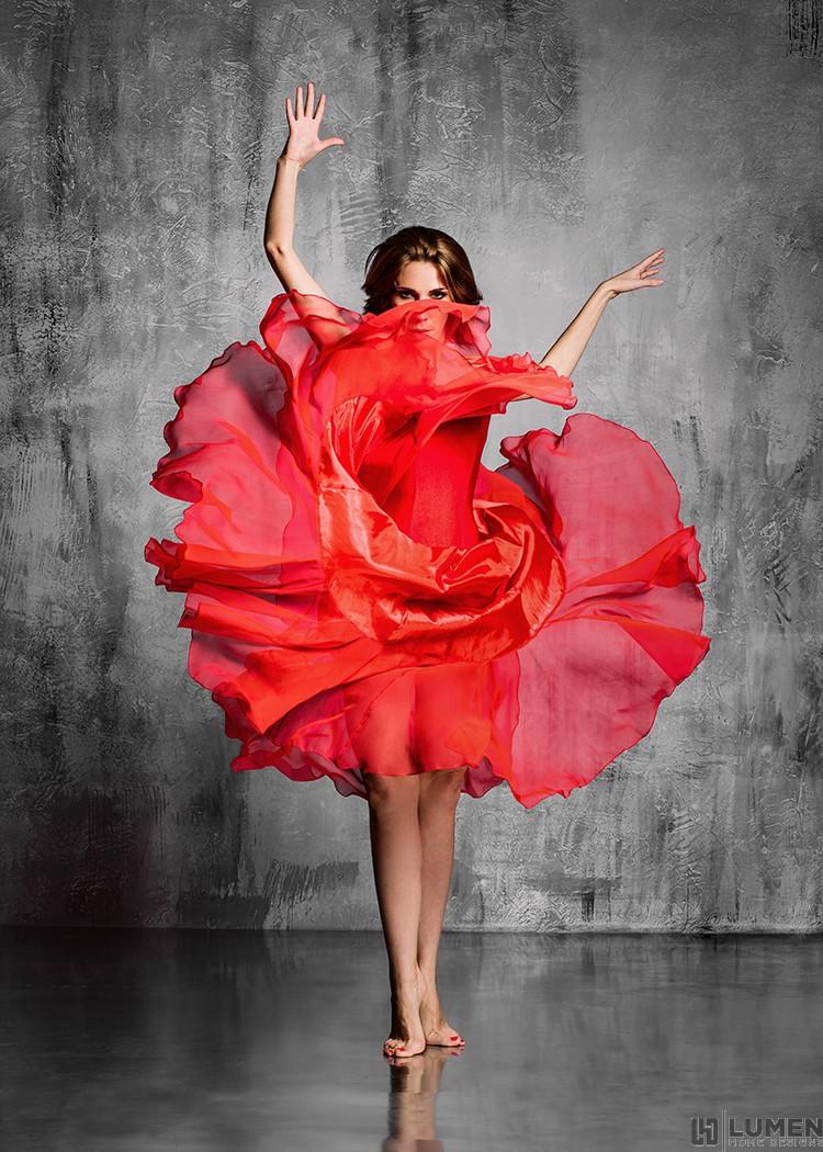 Dancing Rose Wall Print